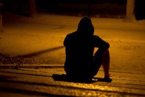 怪我や病気で孤独を感じる